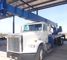 Manitex M2592 boom truck